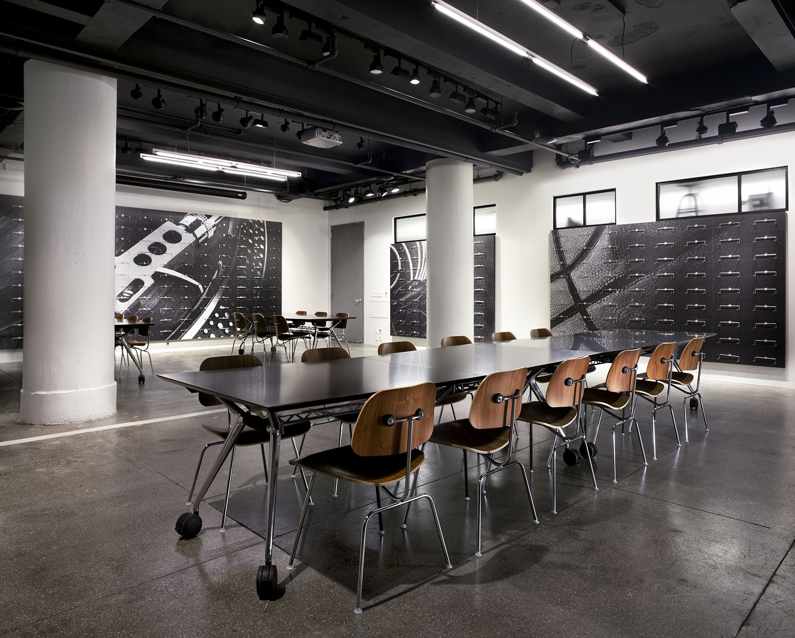 1640d59bd491 Converse Headquarters   Showroom - Marvel Architects