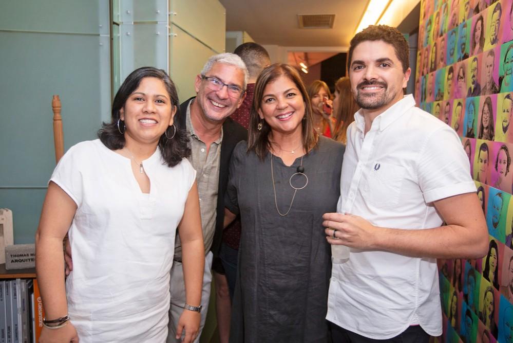 17 · Dos Fiestas: New York & San Juan