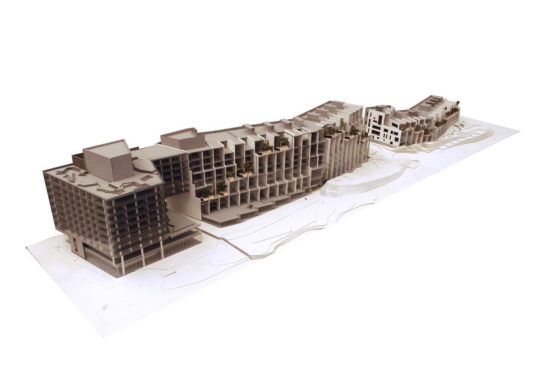 1212-2013-0909-Pierhouse-Model