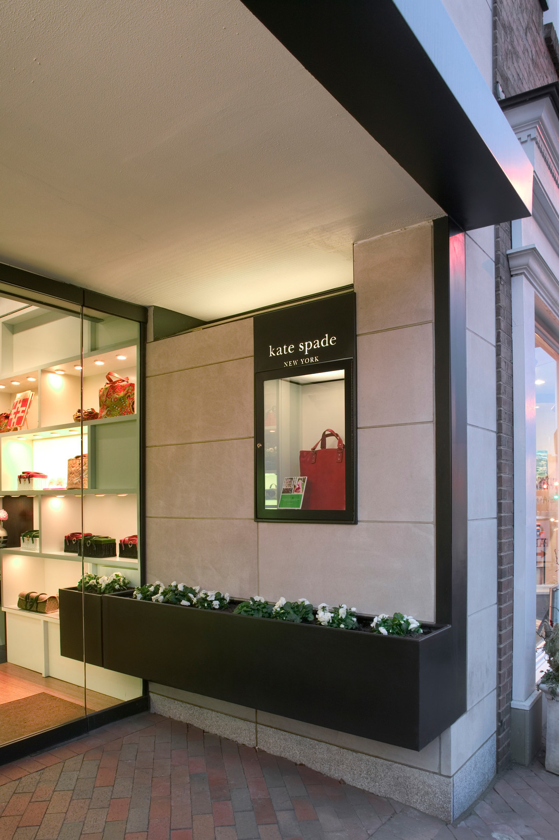 Kate-Spade-stores-12