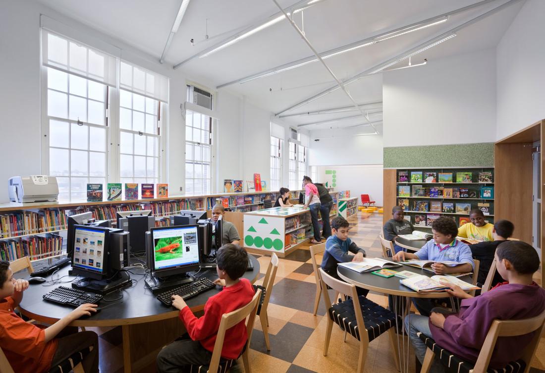 Robbin-Hood-Library-1