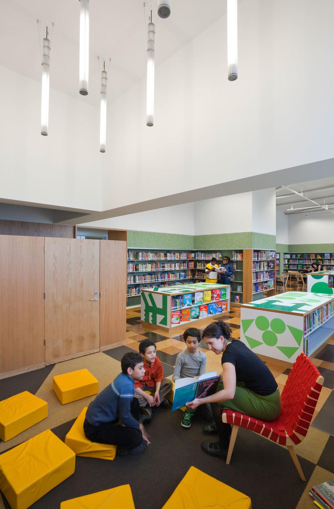 Robbin-Hood-Library-2