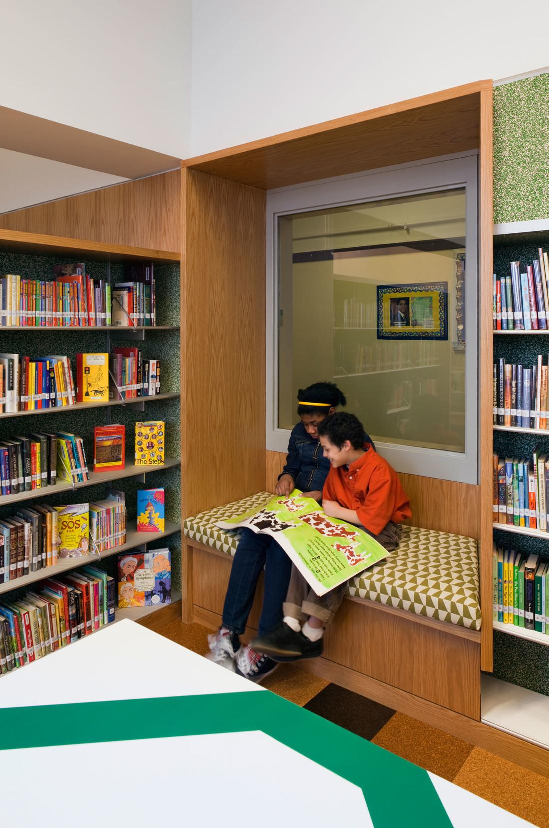 Robbin-Hood-Library-3