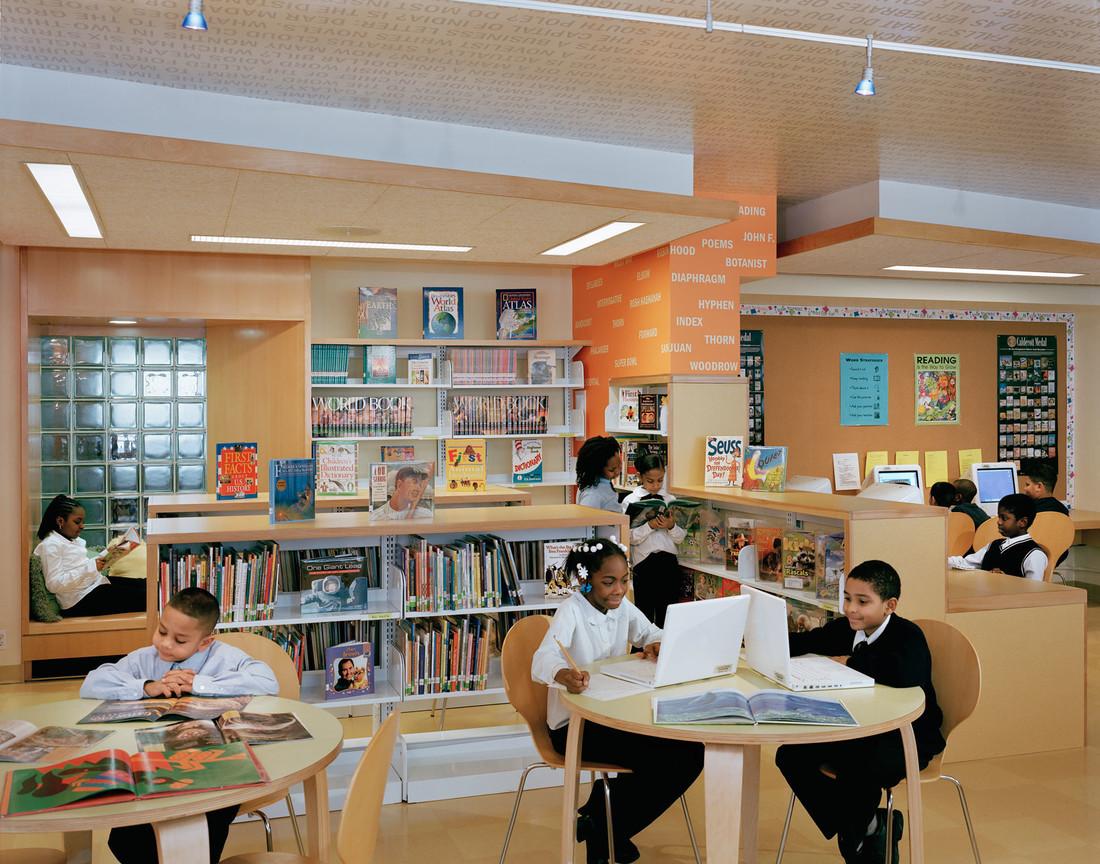 Robbin-Hood-Library-4