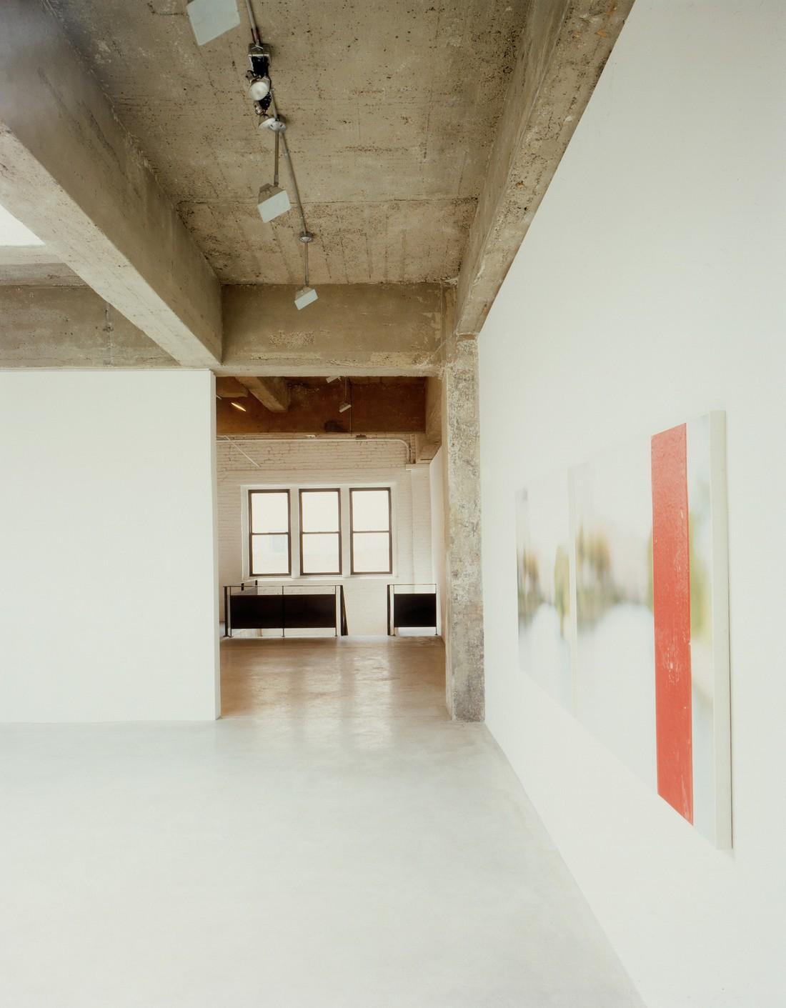 Tanya-Bonakdar-Gallery-(2)