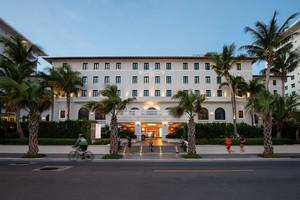 Vanderbilt Hotel